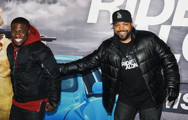 AMSTERDAM Ride Along 2 filmpremiere en photocall.  Ice Cube rapper - acteur (rechts) en Kevin Hart comedian - acteur.