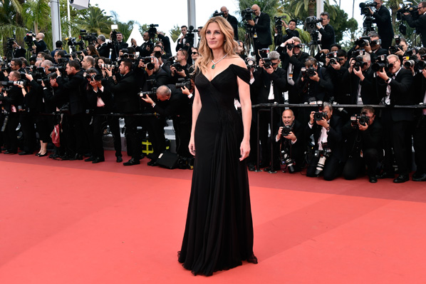"""CANNES, FRANCE - MAY 12:  Julia Roberts, for the very first time, ascends the most glamorous steps in the world while attending the """"Money Monster"""" premiere during the 69th annual Cannes Film Festival at the Palais des Festivals.(Photo by Pascal Le Segretain/Getty Images)"""